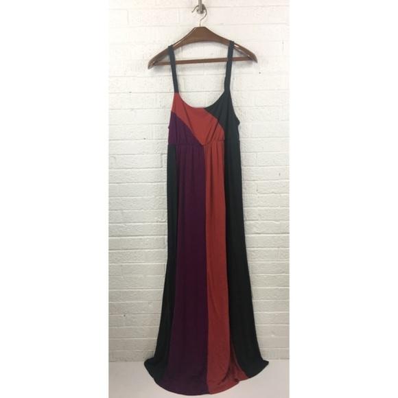 a474f5a5bed Liz Lange Dresses   Skirts - Liz Lange maternity maxi dress